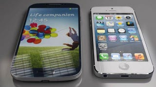 Illustration for article titled Comparamos tamaños: iPhone 5 vs. Samsung Galaxy S4 ¿Cuál prefieres?