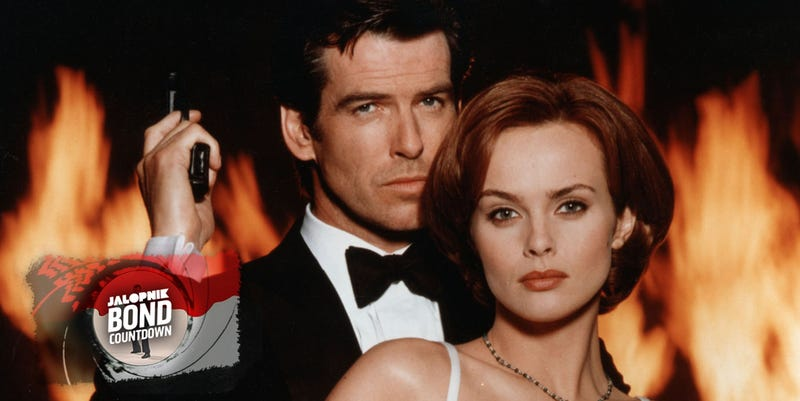 Illustration for article titled GoldenEye: The Modern Bond Movie That's Just A Damn Good Time
