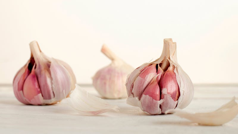 Illustration for article titled Cook Garlic Before Adding It to Your Sous-Vide Bag