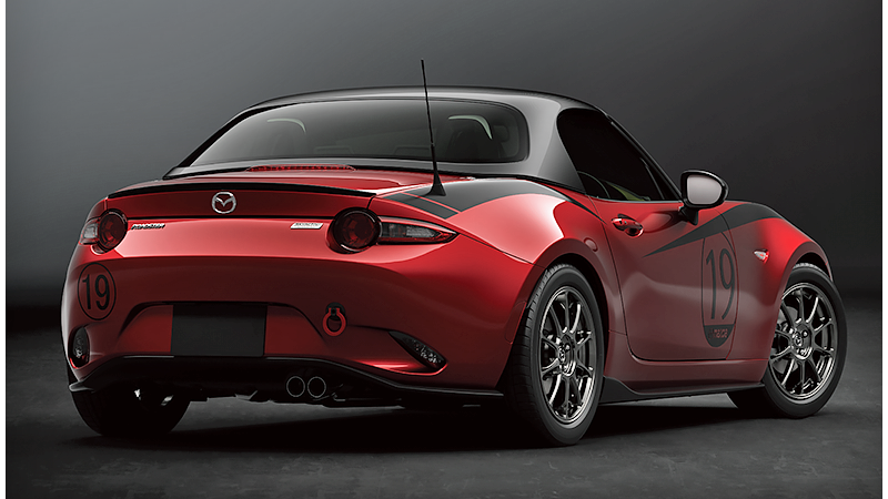 the mazda miata gets a carbon fiber removable hardtop. Black Bedroom Furniture Sets. Home Design Ideas