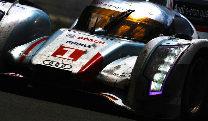 Illustration for article titled Audi E-Tron Becomes First Hybrid Car To Win Le Mans