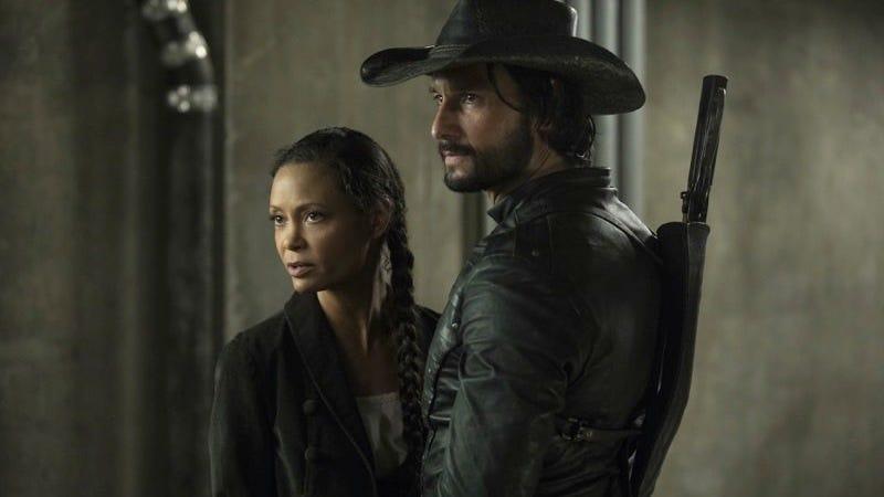 Maeve (Thandie Newton) and Hector (Rodrigo Santoro) form a bond, in spite of their programming.