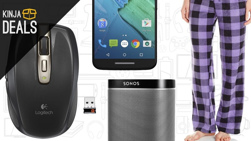 Illustration for article titled Today's Best Deals: Logitech Peripherals, Warm Pajamas, Moto X Pure, and More