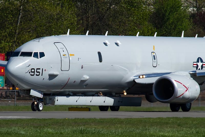 Illustration for article titled Exclusive: P-8 Poseidon Flies With Shadowy Radar System Attached