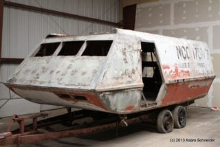 Illustration for article titled Amazing Before-and-After Photos of Starfleet Shuttlecraft Restoration