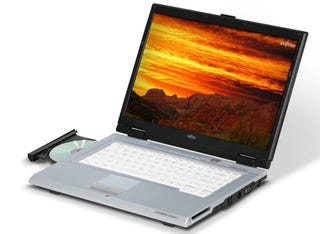 Illustration for article titled Fujitsu LifeBook V1010, Cheap and Decent