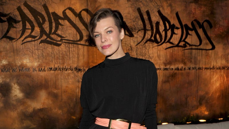 Illustration for article titled Milla Jovovich's New Hairstyle is Video Game Inspired, But Not the Game You're Thinking