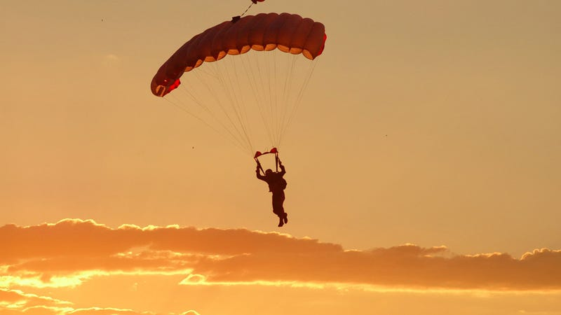 Skydivers In Two Planes Escaped After A Collision By ...
