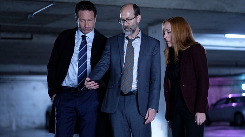 One of X-Files' Funniest Episodes in Years Examined the Thin Lines Between Memory, Nostalgia, and 'Fake News' Eg15ux2v6kzhuh7xhe9g