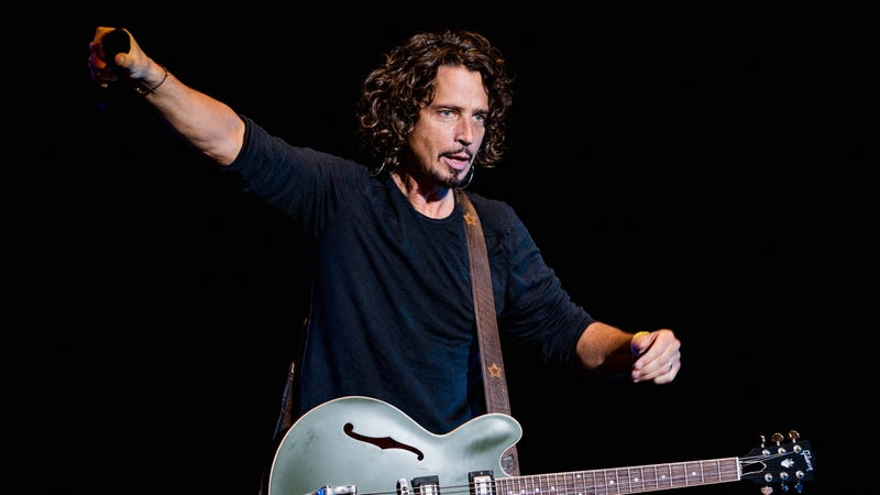 Illustration for article titled Against all odds, the bronze statue of Chris Cornell is not terrible