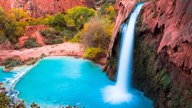 12 Picturesque Waterfalls You Can Visit Without a Passport
