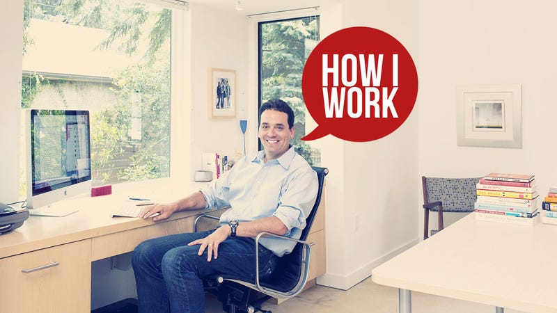 Illustration for article titled I'm Daniel Pink, and This Is How I Work