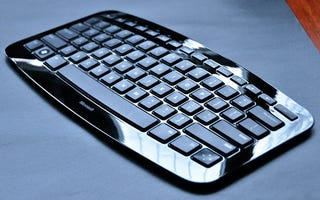 Illustration for article titled Microsoft's Warped Arc Keyboard Gets a Hands On