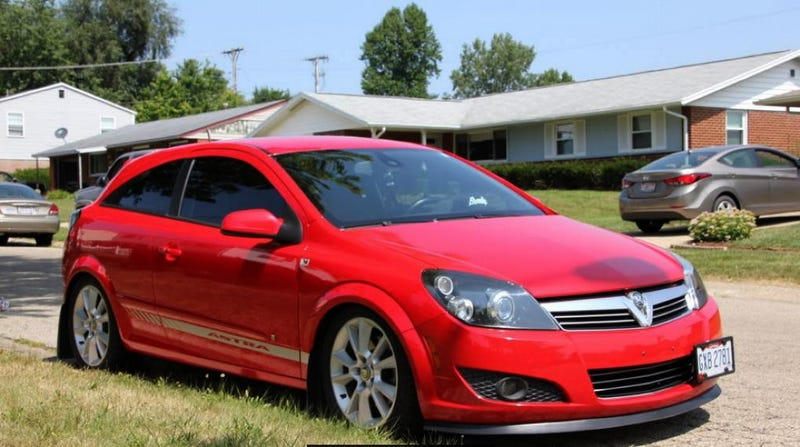 Illustration for article titled For $8,000, Would You Strut Your Stuff In This Rebadged 2008 Saturn Astra XR?