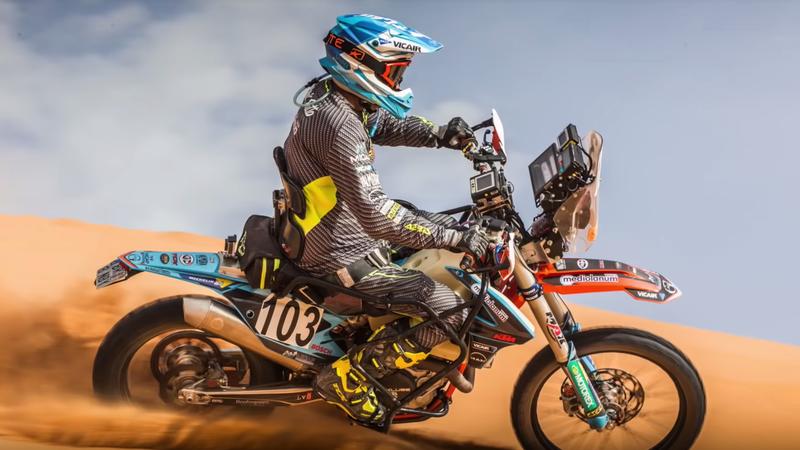 Illustration for article titled How Paraplegic Motorbike Rider Nicola Dutto Made It to Dakar