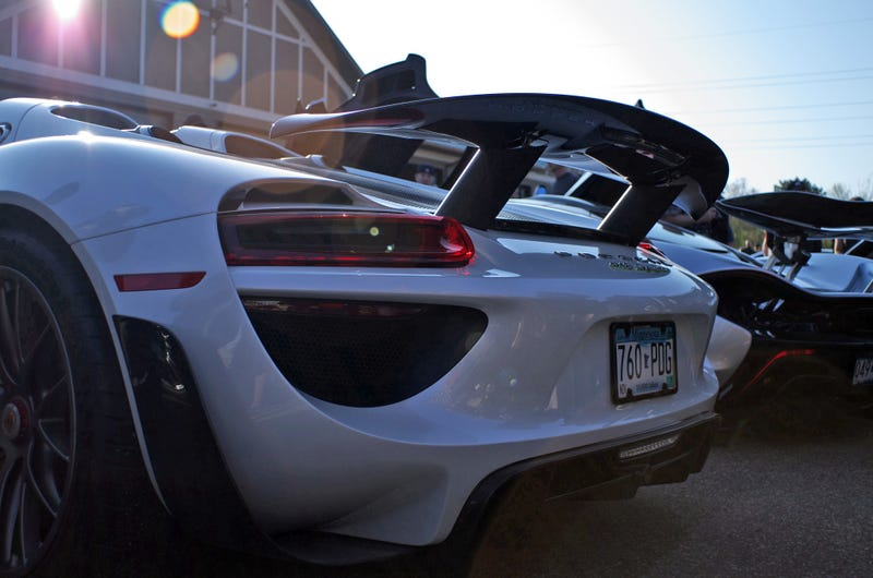 Illustration for article titled There Are 223 Porsche 918 Spyders In The US Right Now