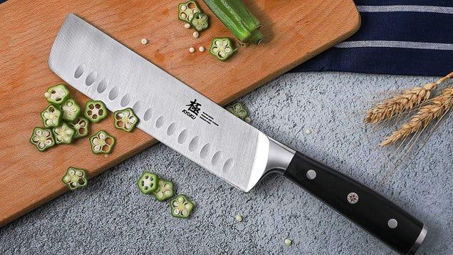 Pique sus verduras como si fueran importantes con un cuchillo japonés Nakiri, solo $ 30 12