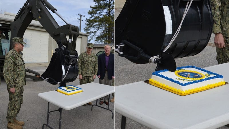 Illustration for article titled This Is How the Navy Cuts a Birthday Cake