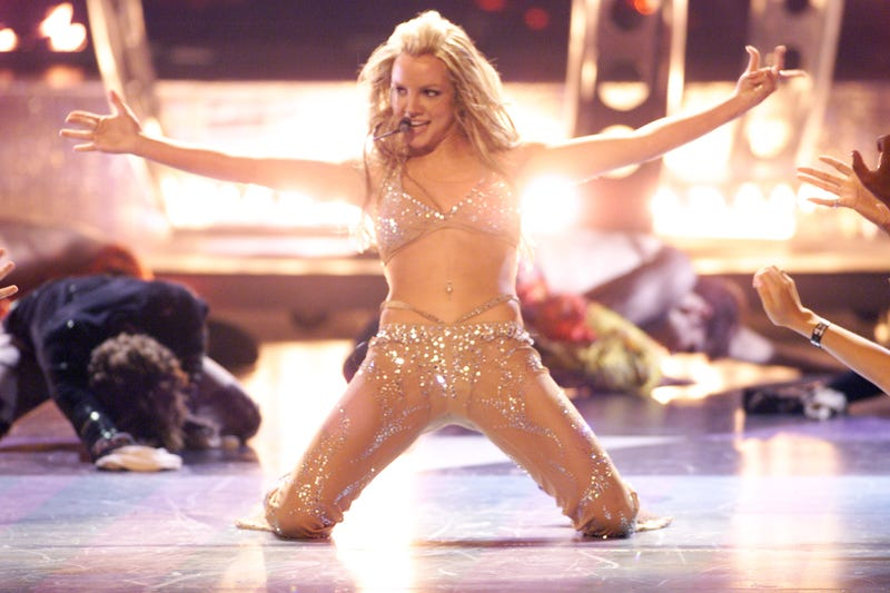 Britney Spears performing at the 2000 MTV Video Music Awards