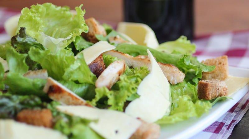 Illustration for article titled Make Salad Prep Easier With Kitchen Shears
