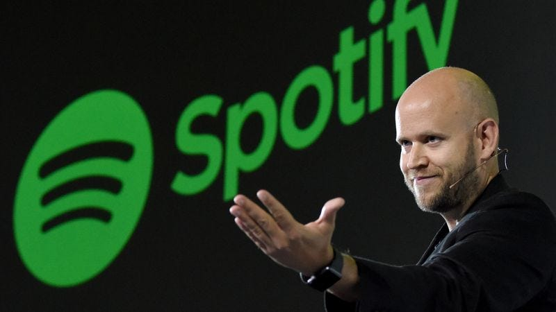 Illustration for article titled Spotify may try to build its music-streaming muscle with a SoundCloud purchase