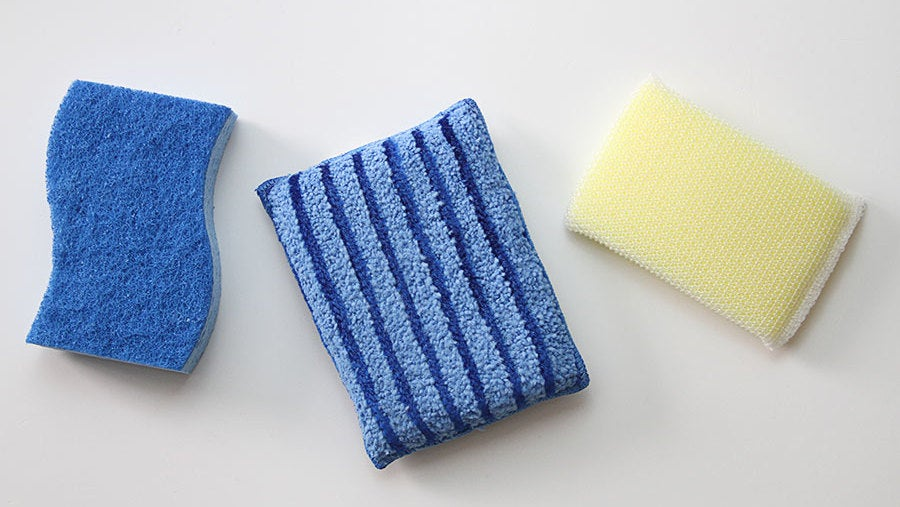 how to properly clean your gross kitchen sponge rh vitals lifehacker com how to clean kitchen sponges in microwave how to clean kitchen sponge