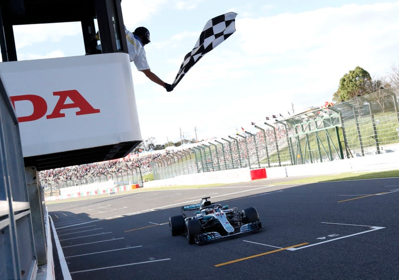 Illustration for article titled Lewis Hamilton Closes In On 2018 Formula One Championship With Ninth Win Of The Year