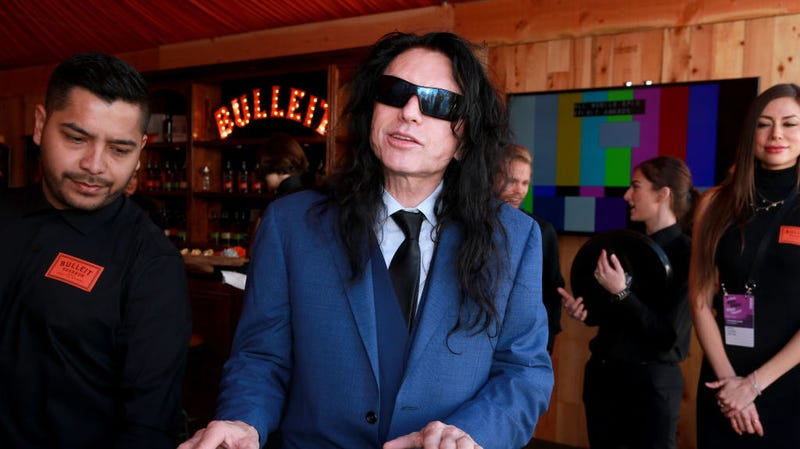 Illustration for article titled Tommy Wiseau has set his sights on the WWE