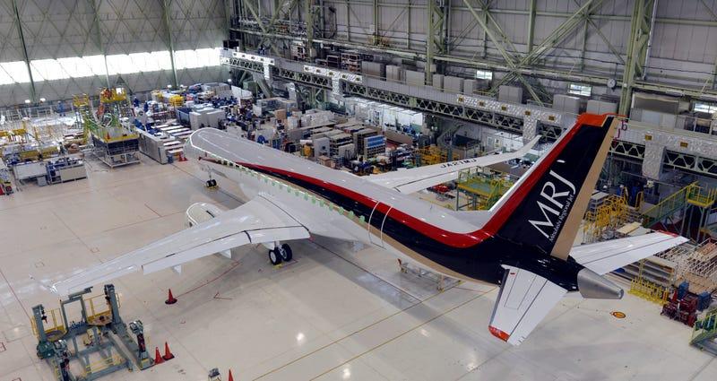 Illustration for article titled Japón revela su primer avión de pasajeros en 40 años