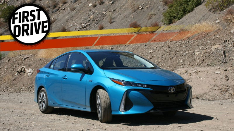 The 2017 Toyota Prius Prime Is A High Tech Pretend Tesla That Gets Incredible Mileage