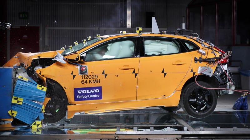 Illustration for article titled Extensive Swedish Accident Research Confirms That Volvo Is By Far The Safest Car