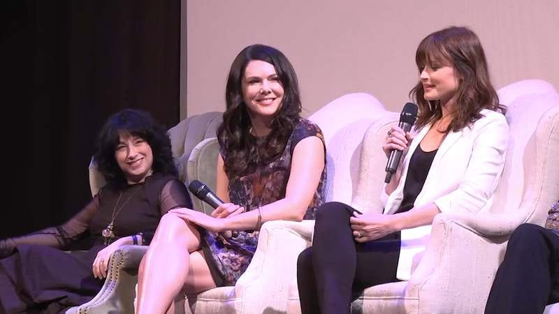 you can watch the whole gilmore girls atx panel online thank heaven. Black Bedroom Furniture Sets. Home Design Ideas