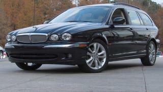 Illustration for article titled At $12,995, Will This 2007 Jaguar X-Type Wagon Let The Cat Out of The Bag?