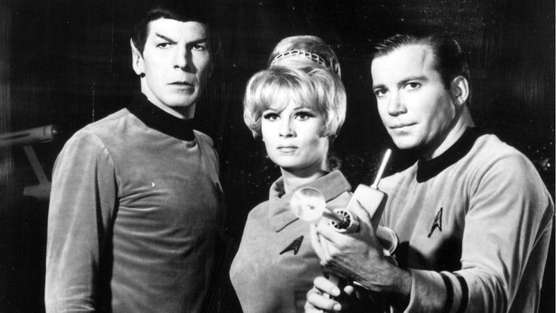 Illustration for article titled Coming Soon: Star Trek! (Star Trek Recap Prologue)