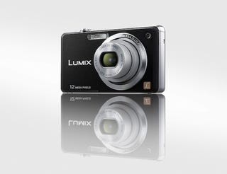 Illustration for article titled Panasonic's Lumix DMC-FH20, FH3 and FH1 Cameras Are Slim 28mm Wide-Angles