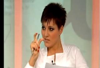 Illustration for article titled Jogszerűen ki lehet mondani, hogy a Hír TV manipulált a köteles bekiabálással