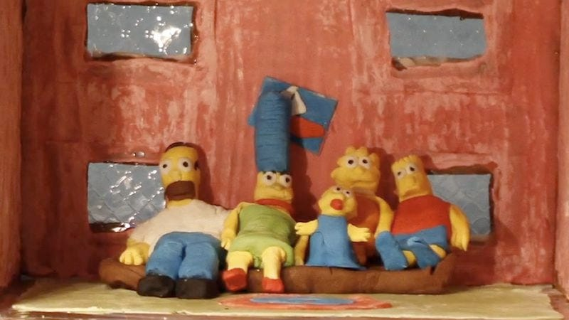 Illustration for article titled Someone assembled a Simpsons gingerbread house on YouTube, so it's officially Christmas
