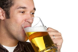 Illustration for article titled Just one sip of beer can trigger a dopamine surge in your brain