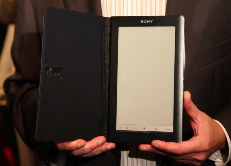 Illustration for article titled Sony Daily Edition Reader: 3G, 7-Inch Touchscreen in December