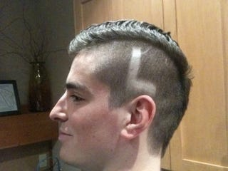 Illustration for article titled Lindsey Vonn's Brother Shows Support With Idiotic Haircut