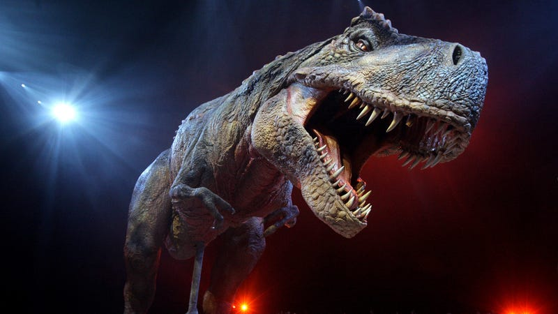 Illustration for article titled Dinosaur park's animatronic T-Rex burns down, and it is absolutely metal as fuck