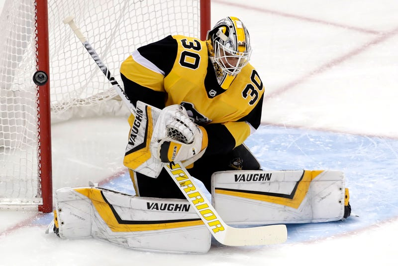Illustration for article titled Matt Murray Is Getting Feisty Back There