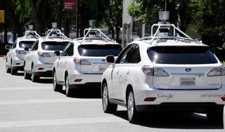 Illustration for article titled Először volt komolyabb karambolja egy önvezető Google-autónak