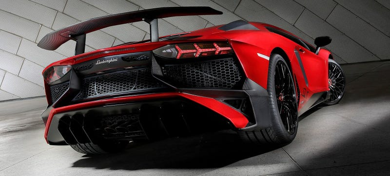 Illustration for article titled Lamborghini Admits Its Owners Couldn't Handle A Rear-Wheel Drive Aventador