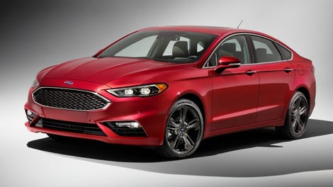 The Facelifted 2017 Ford Fusion Gets Sporty With A 325 Hp Twin Turbo V6