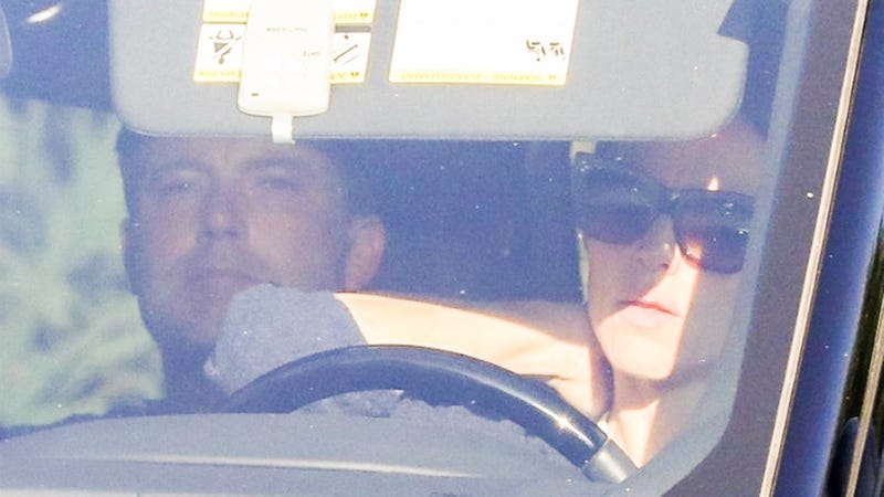 Illustration for article titled Ben Affleck Returned to Rehab for Alcohol Addiction and Jennifer Garner Drove Him There