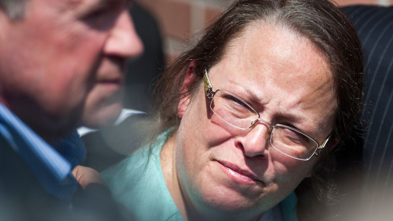 Dear Kim Davis, Please Make An Interracial Lesbian Porno -8880