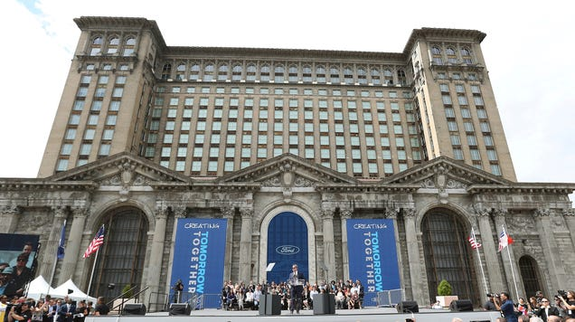Ford Has $17 Billion but Says It Needs Tax Breaks to Rehab Detroit Train Station