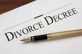 Illustration for article titled Why You Need a Divorce Lawyer
