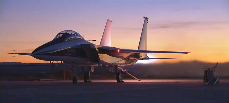 Illustration for article titled This F-15 Turns Gobs Of Fuel Into Fire During A Glorious Engine Test Run